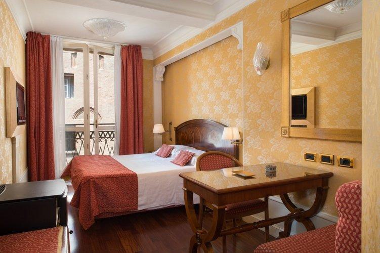Deluxe-zimmer art hotel orologio bologna
