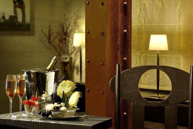 Ausstattung  art hotel novecento bologna
