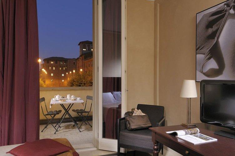 Zimmer  Art Hotel Novecento Bologna, Italia