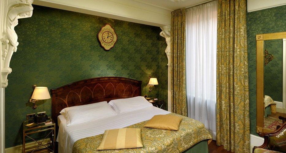 Klassisches doppelzimmer  art hotel orologio bologna