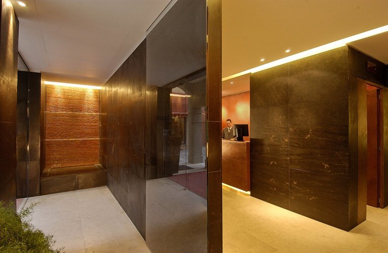 Rezeption  Art Hotel Novecento Bologna, Italia