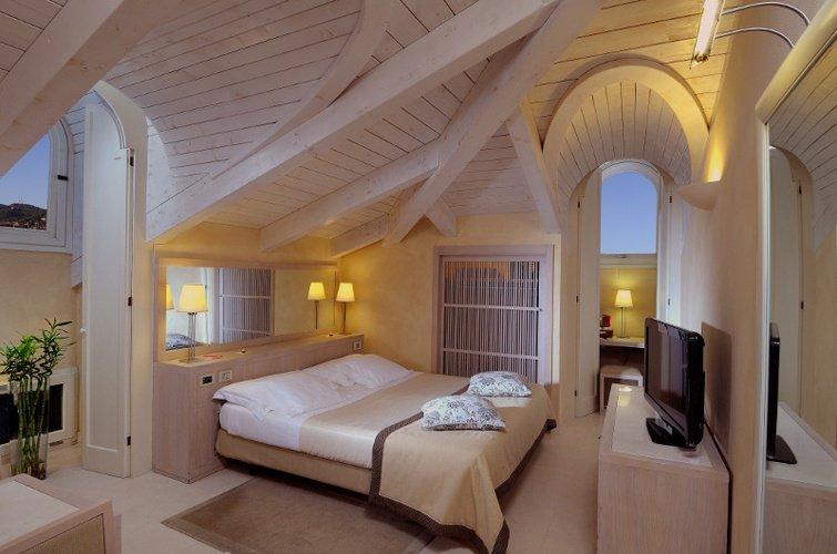 Luxuszimmer  art hotel novecento bologna, italia
